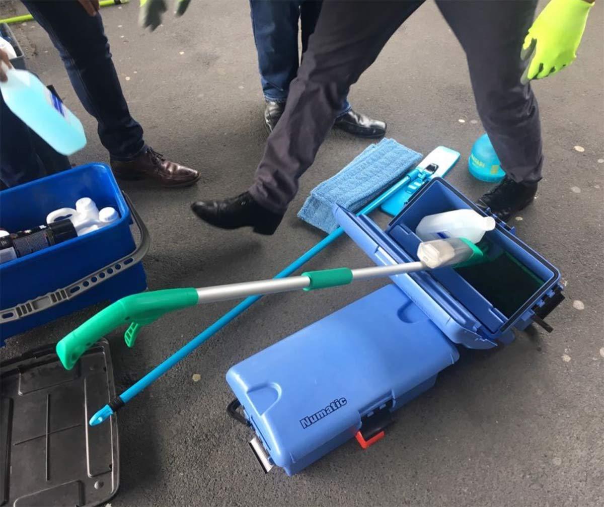 Stazione-piano-cleaner